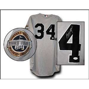 AJ Burnett Signed Jersey 2009 New York Yankees Road Majestic