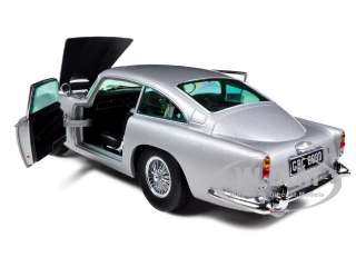 1963 ASTON MARTIN DB5 SILVER GREY 1/18 DIECAST MODEL CAR BY SUNSTAR