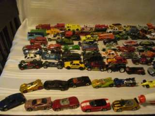 100 HOTWHEELS & MATCHBOX CARS TRUCKS W/ HOTWHEEL BLIMP (lot b)