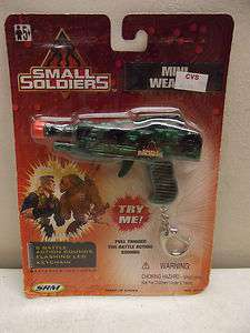 SMALL SOLDIERS ELECTRONIC SOUNDS MINI WEAPON GUN KEYCHAIN NIP