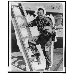 Gary Powers,1929 1977,climinbing into cockpit,Air Force Plane,pilot