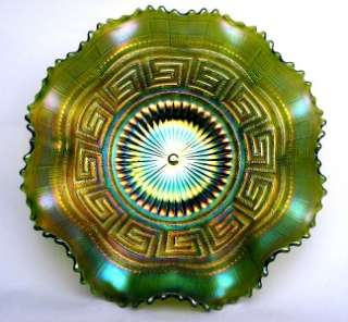 GREEK KEY by NORTHWOOD ~ SPLENDID GREEN CARNIVAL GLASS 8 RUFFLE 9 INCH