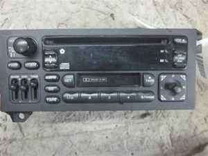 1997 2000 Dodge Caravan Cassette CD Player Radio OEM
